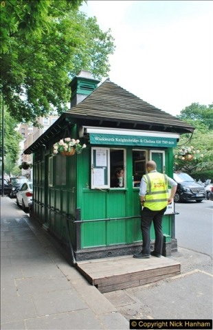 2018-06-09 Cabman's Shelter in Wellington Place, London NW8.  (2)10