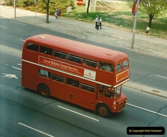 1992 May. Canada   (33)33