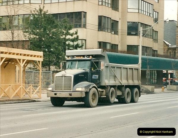 Canada November  2001. 1 (15)001
