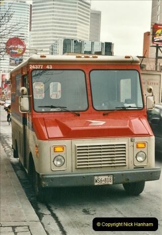 Canada November  2001. 1 (16)001