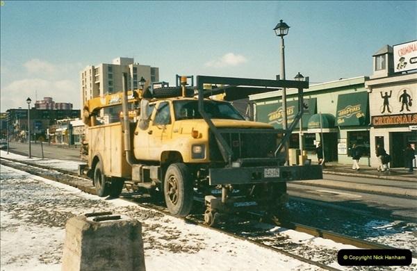 Canada November  2001. 1 (18)001