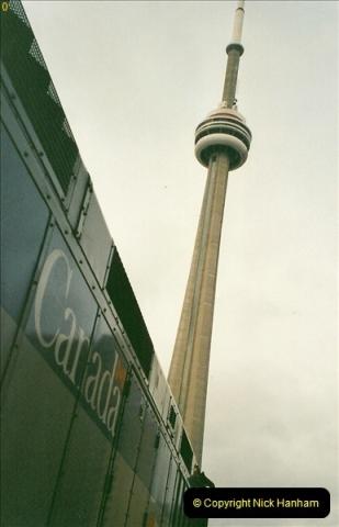 Canada November  2001. 1 (31)001