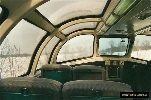 Canada November  2001. 1 (37)001