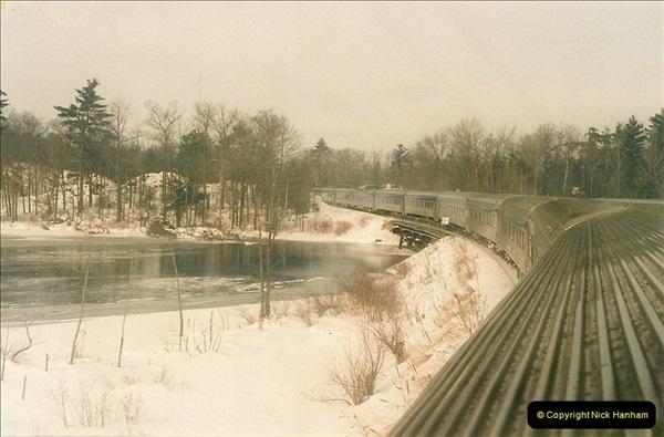 Canada November  2001. 1 (42)001