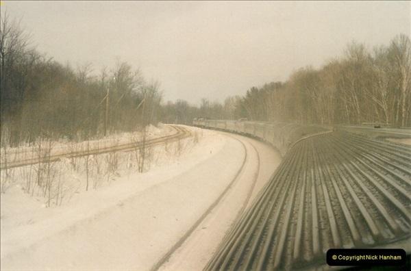 Canada November  2001. 1 (44)001