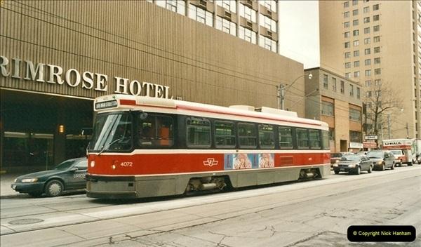 Canada November  2001. 1 (6)001