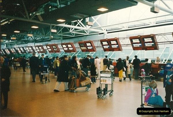 1993-04-03 to 24 China & Hong Kong.  (1)001