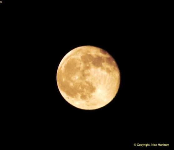 2014-05-15 The Moon.  (1)236