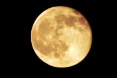 2014-05-15 The Moon.  (6)241