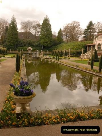 2013-04-27 Compton Acres Gardens, Poole, Dorset.  (10)010