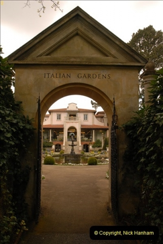 2013-04-27 Compton Acres Gardens, Poole, Dorset.  (15)015