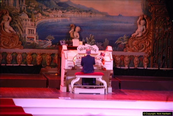 2015-10-10 The Tower Ballroom Wurlitzer Organ Blackpool, Lancashire. (8)08