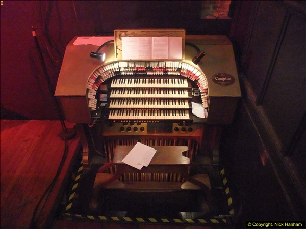 2016-04-07 The Compton Organ at the Pavilion Theatre, Bournemouth (18)28