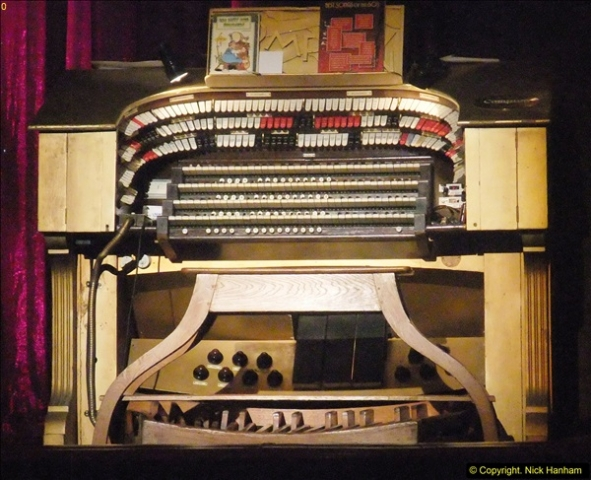 2016-05-19 The Pavillion Theatre Compton Organ, Bournemouth, Hampshire.  (1)31