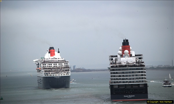 2015-05-03 Three Queens leave Southampton. (111)111