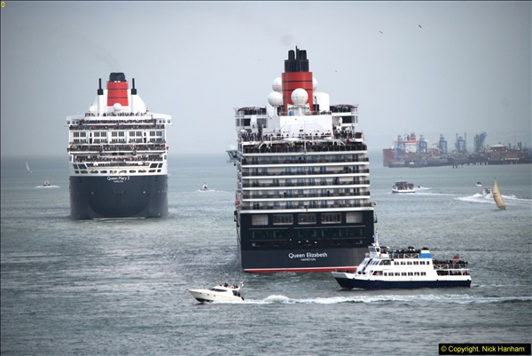 2015-05-03 Three Queens leave Southampton. (122)122