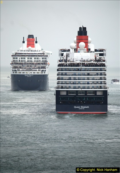 2015-05-03 Three Queens leave Southampton. (123)123