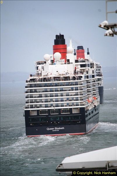 2015-05-03 Three Queens leave Southampton. (141)141