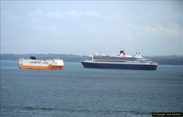2015-05-03 Three Queens leave Southampton. (176)176