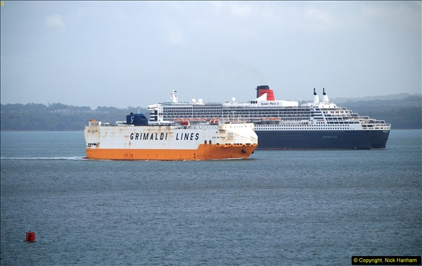 2015-05-03 Three Queens leave Southampton. (177)177