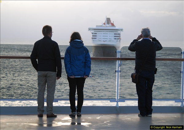 2015-05-03 Three Queens leave Southampton. (224)224