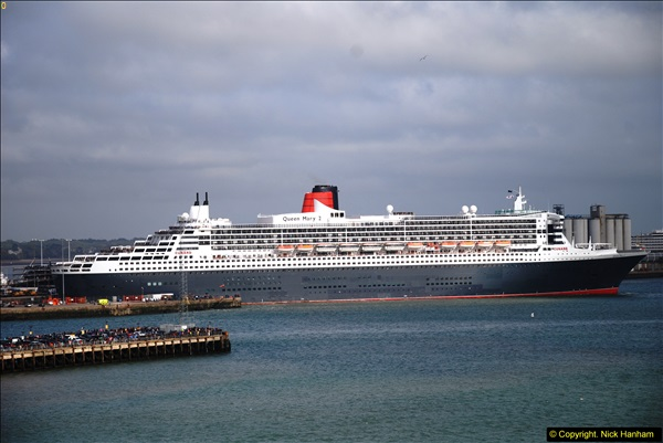 2015-05-03 Three Queens leave Southampton. (93)093