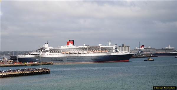 2015-05-03 Three Queens leave Southampton. (94)094