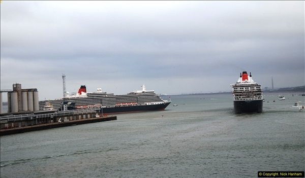 2015-05-03 Three Queens leave Southampton. (100)100