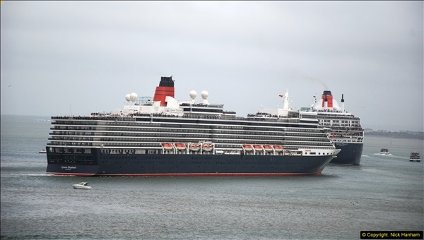 2015-05-03 Three Queens leave Southampton. (104)104