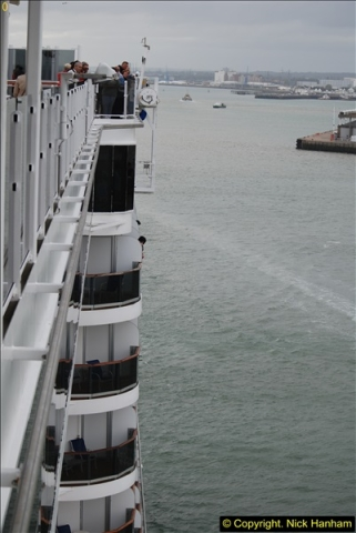 2015-05-03 Three Queens leave Southampton. (118)118