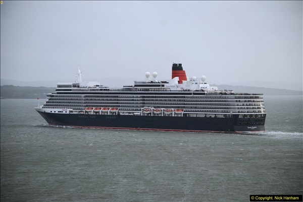 2015-05-03 Three Queens leave Southampton. (162)162