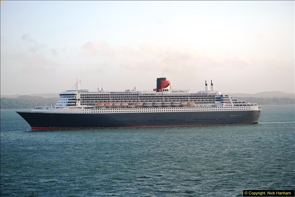 2015-05-03 Three Queens leave Southampton. (192)192