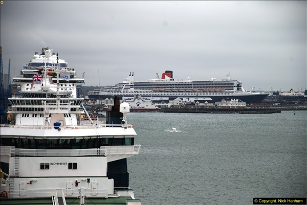 2015-05-03 Three Queens leave Southampton. (68)068