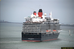 2015-05-03 Three Queens leave Southampton. (106)106