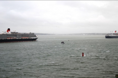 2015-05-03 Three Queens leave Southampton. (150)150