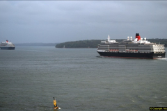 2015-05-03 Three Queens leave Southampton. (163)163