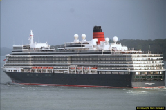 2015-05-03 Three Queens leave Southampton. (165)165