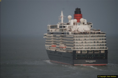 2015-05-03 Three Queens leave Southampton. (166)166