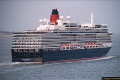 2015-05-03 Three Queens leave Southampton. (184)184