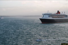 2015-05-03 Three Queens leave Southampton. (193)193