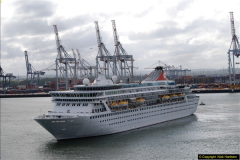 2015-05-03 Three Queens leave Southampton. (77)077