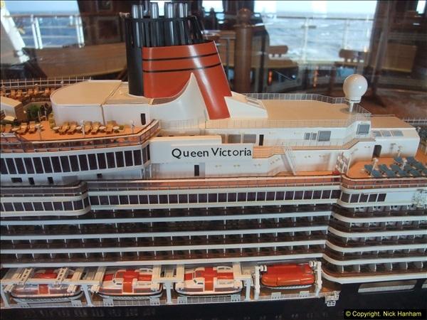 2015-05-03 to 10 Around Queen Victoria.  (21)021