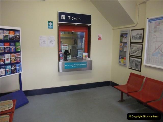 2011-12-07 Parkstone, Poole, Dorset.  (37)176