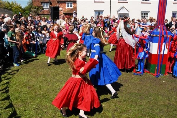 2014-05-03 Downton Cuckoo Fair, Downton, Wiltshire.  (100)100