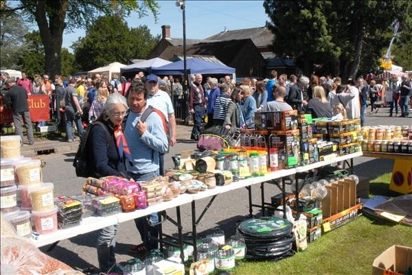 2014-05-03 Downton Cuckoo Fair, Downton, Wiltshire.  (42)042