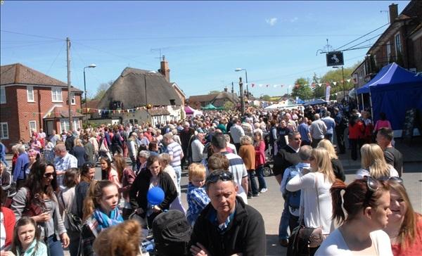 2014-05-03 Downton Cuckoo Fair, Downton, Wiltshire.  (54)054