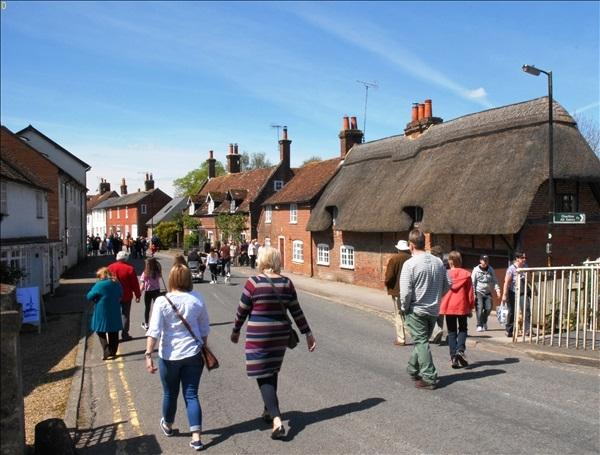 2014-05-03 Downton Cuckoo Fair, Downton, Wiltshire.  (86)086