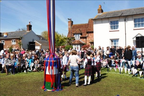 2014-05-03 Downton Cuckoo Fair, Downton, Wiltshire.  (89)089