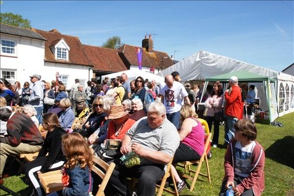 2014-05-03 Downton Cuckoo Fair, Downton, Wiltshire.  (90)090
