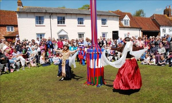 2014-05-03 Downton Cuckoo Fair, Downton, Wiltshire.  (94)094